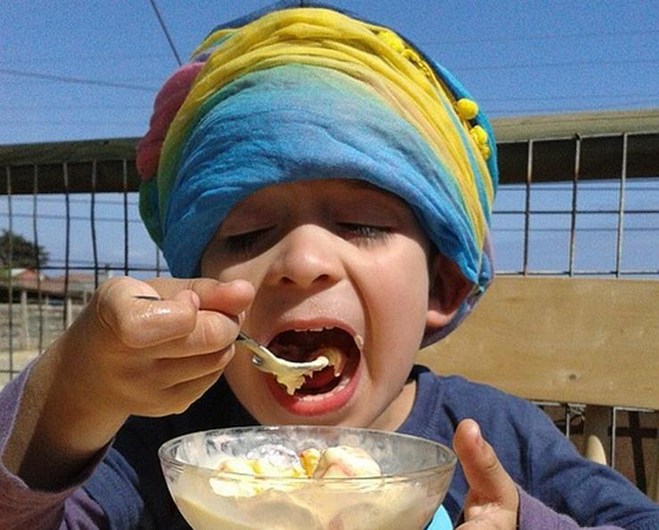 Bild 5: Vanille Eis Sahneeis Erdbeere vom Eiswagen Himbeere Banane Stracciatella Amarena Maracuja Zitrone