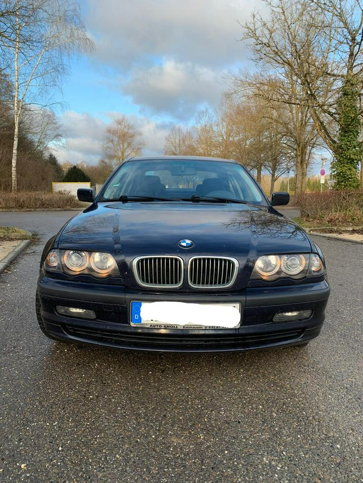BMW E46 323i Baujahr 98, orientblau, 8-fach bereift