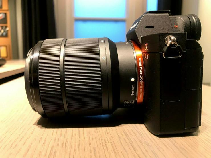 Sony Alpha A7 III mit 28-70 mm Objektiv