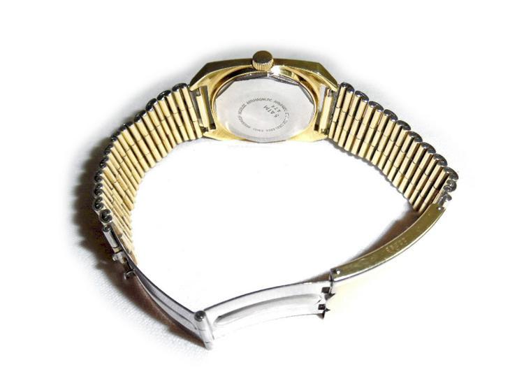 Bild 3: Große Armbanduhr von Urech Automatic