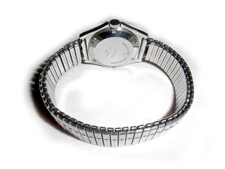 Bild 4: Seltene Armbanduhr von Dugena Automatic