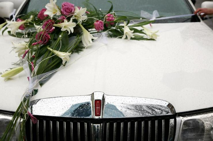 Bild 4: Stretchlimousine & Limousine & Hochzeitslimousine.