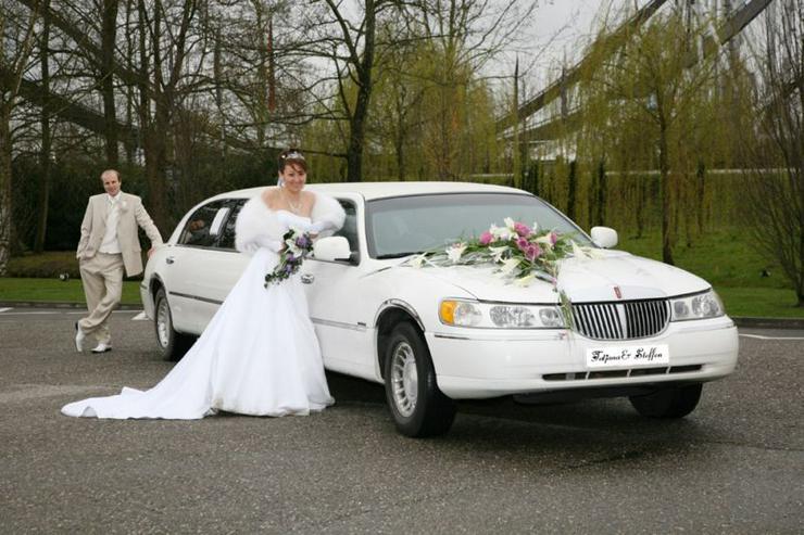 Bild 3: Stretchlimousine & Limousine & Hochzeitslimousine.
