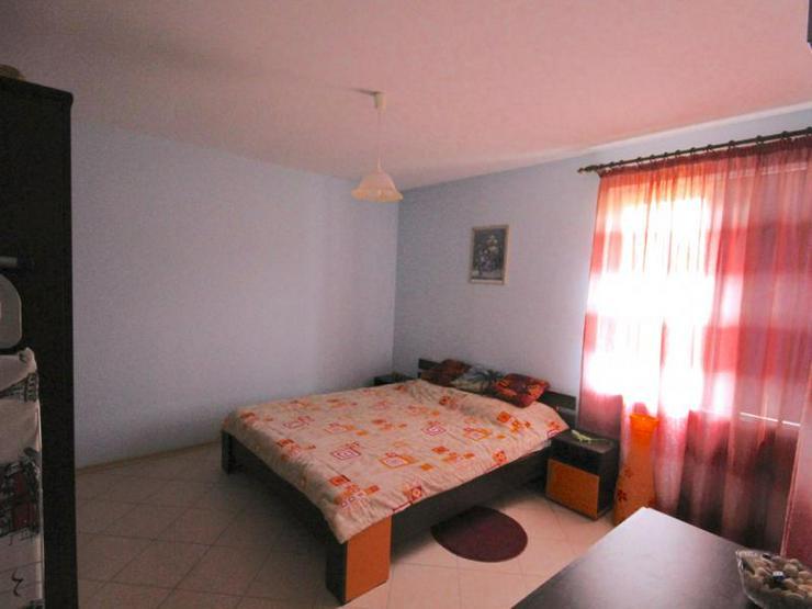 Bild 5: Ein möbliertes Ferien Neubauhaus mit 2 Schlafzimmern