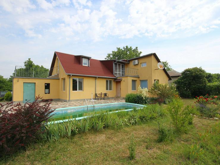 Bild 6: Ein möbliertes Ferien Neubauhaus mit 2 Schlafzimmern