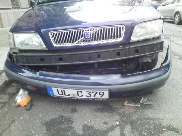 VOLVO S40_Bj 1999_Automatik, beschädigt, fahrbereit, zu verkaufen.