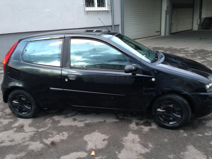 Bild 5: Fiat Punto 188 - 14 Monate TÜV