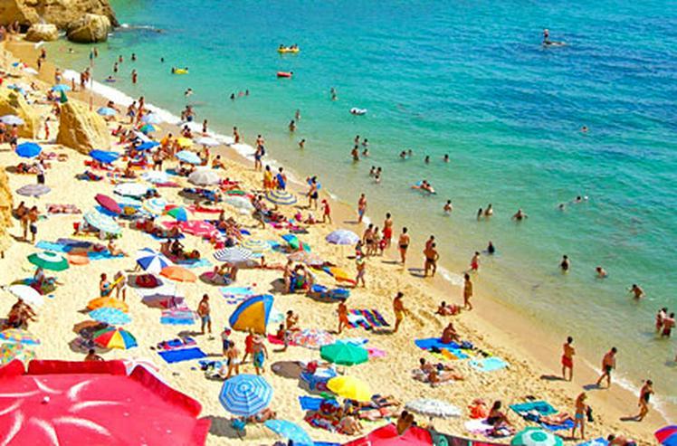 Bild 10: Die schönsten Ferien unter der Sonne - Hier Ferien dauern das ganze Jahr.