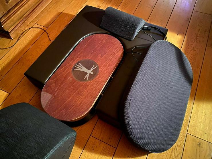 Bild 2: Schumann 3D Platte Vibrationstrainer