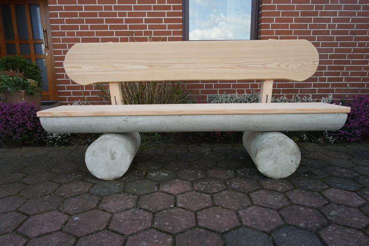 Gartenbank aus Beton. Gewicht ca. 350 kg.