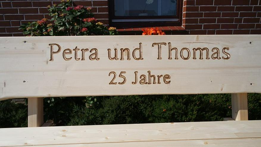 Bild 4: Gartenbank aus Leim holz.