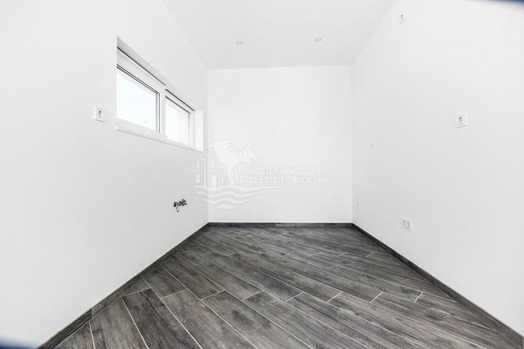 Bild 5: Moderne Doppelhaushälfte mit bezauberten Meerblick