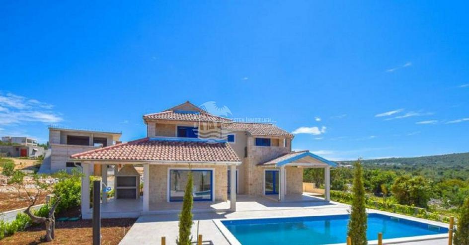 Bild 2: Moderne Traumvilla in Primosten im dalmatinischen Still