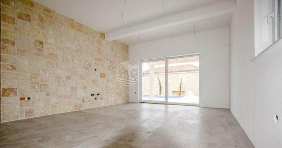 Bild 3: Moderne Traumvilla in Primosten im dalmatinischen Still
