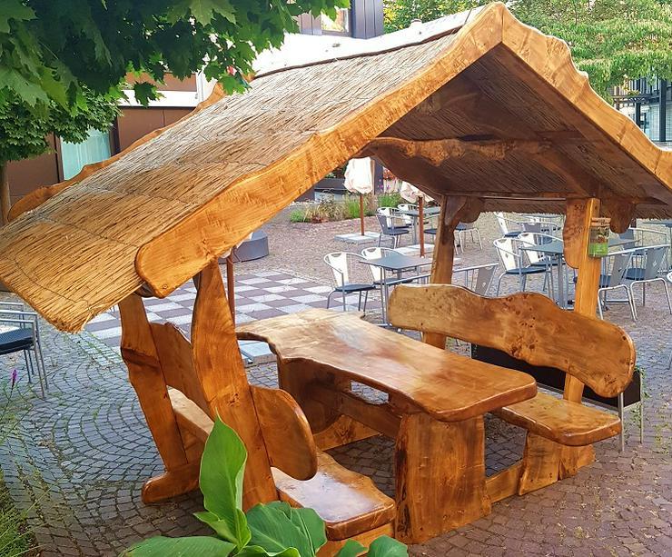 Einzigartige Garten / Terrassen Möbel - Garnituren - Bild 1
