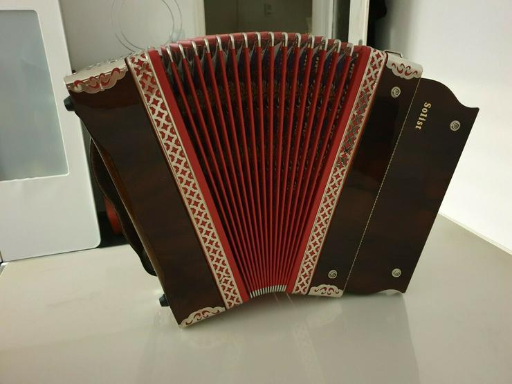 Bild 2: Steirische Harmonika Öllerer Solist 4