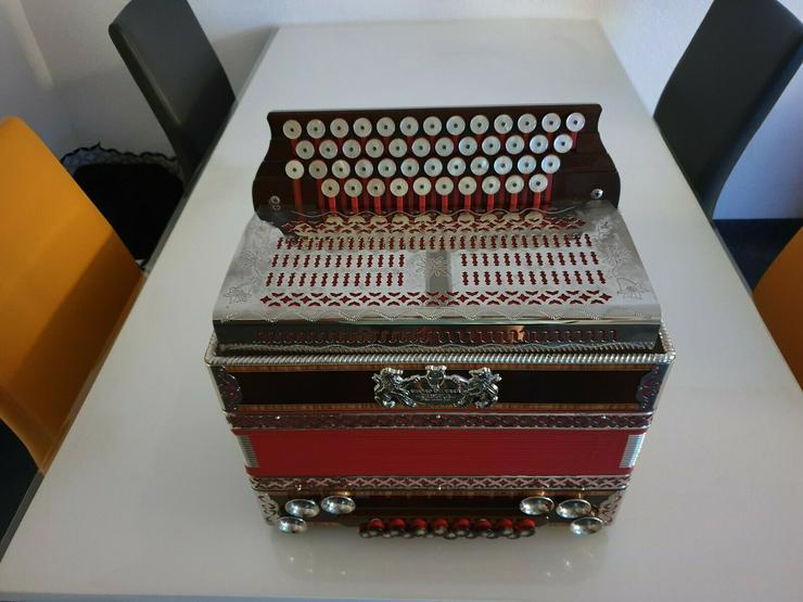 Bild 3: Steirische Harmonika Öllerer Solist 4