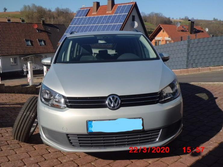 Verkaufe gepflegten VW Touran Erdgas