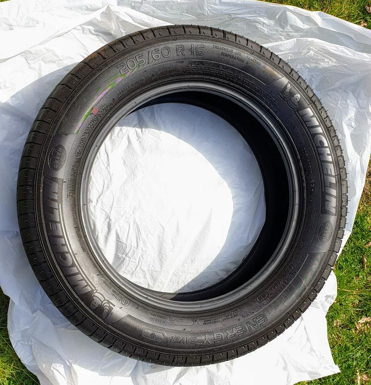Bild 2: Sommerreifen 19 km gelaufen 205/60 R 16 92 H Michelin Saver Plus