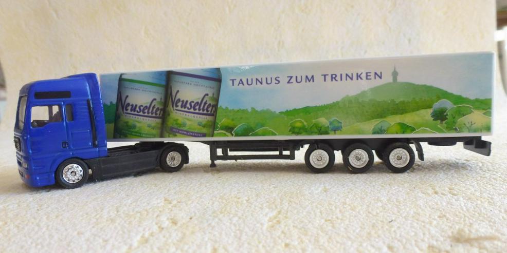 """Sattelzug Aufdruck """"Neuselters Taunus Wasser"""" - Rennbahnen & Fahrzeuge - Bild 1"""