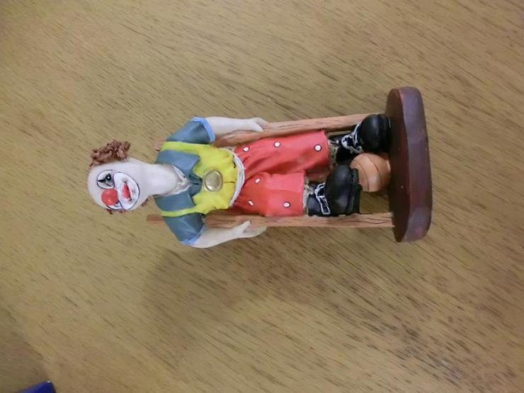 Bild 4: Clown aus Steinharz