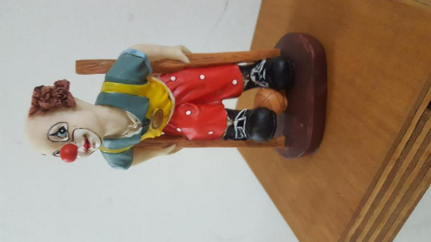 Bild 3: Clown aus Steinharz