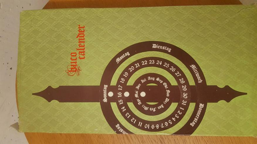 Bild 3: Jahreskalender zum Hängen