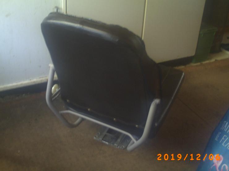 Habe hier 2 Fahrersitze an zu bieten neue Sitzbezüge auf 390€ VB  - Weitere - Bild 1