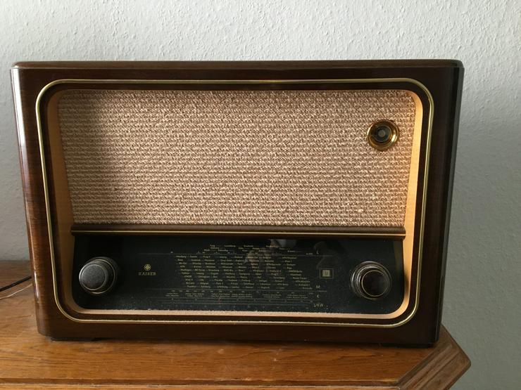 Bild 5: Röhrenradio Konvolut