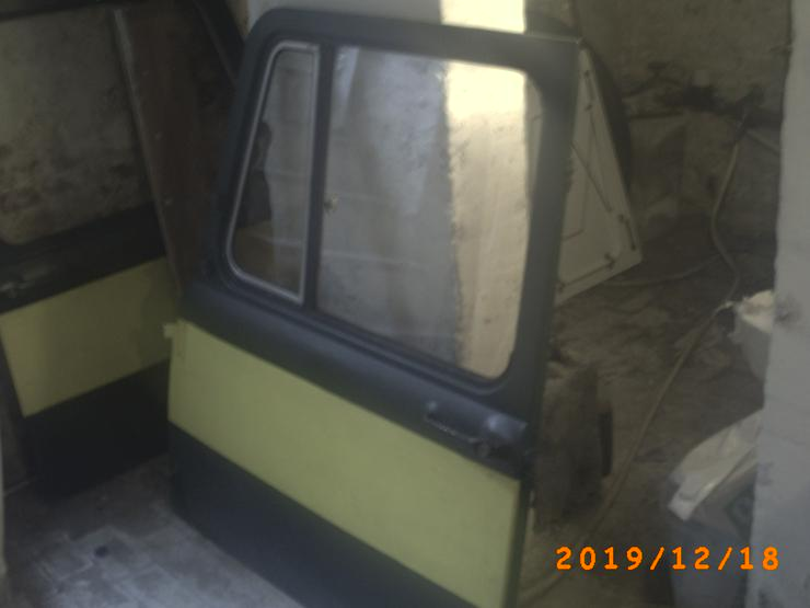 Bild 3: Biete 2 Türen von einem LKW Robur 280€ VB an