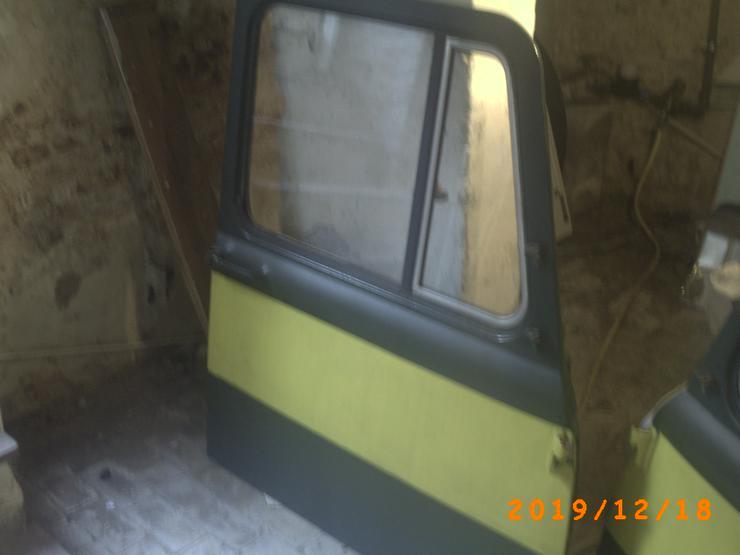 Bild 2: Biete 2 Türen von einem LKW Robur 280€ VB an