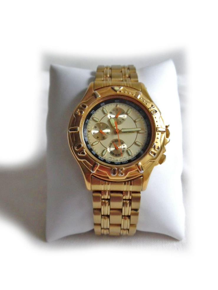 Sportlich elegante Armbanduhr von Orient