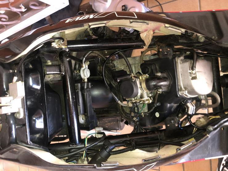Bild 3: Roller NOVA MOTORS