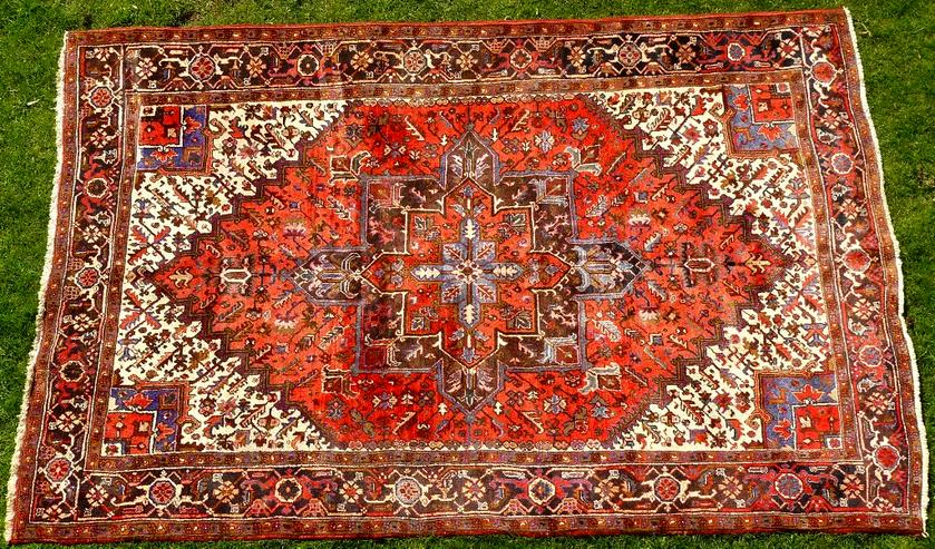 Orientteppich Heriz antik 348x235 (T095)