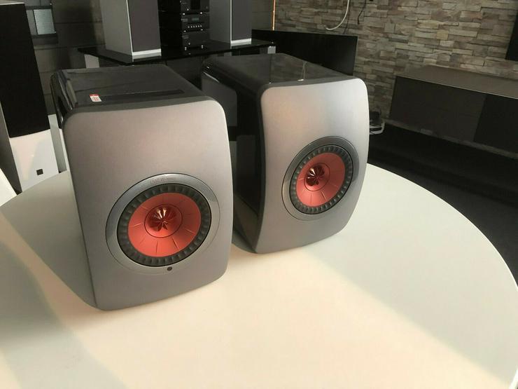 KEF LS50 Wireless Grey/Red mit OVP