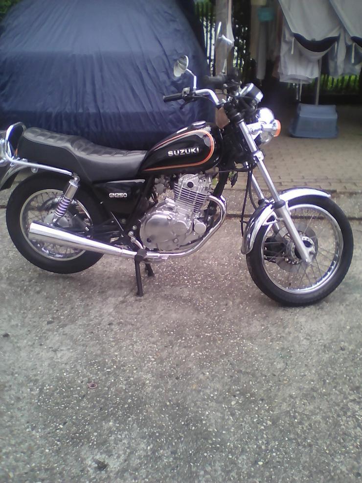 Suzuki GN250 - Suzuki - Bild 1