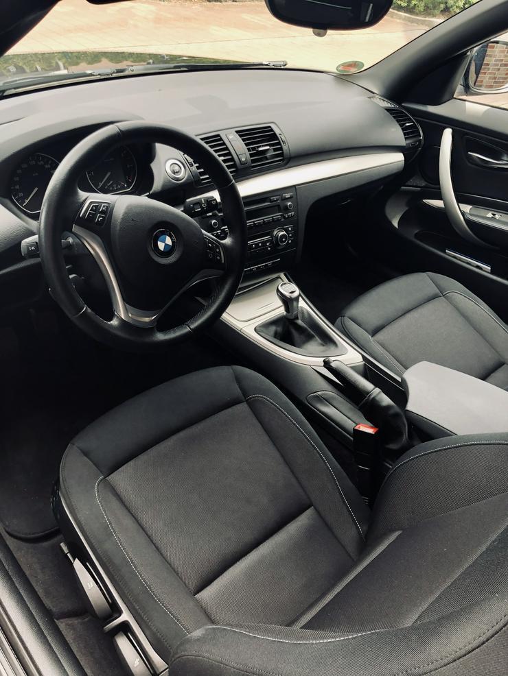 Bild 5: 1er Reihe Cabrio Bj 11/2012, 55,800Km,143Ps,,Bi Xenon, el Verdeck,Klimaautom.,unfallfrei sehr gepflegt