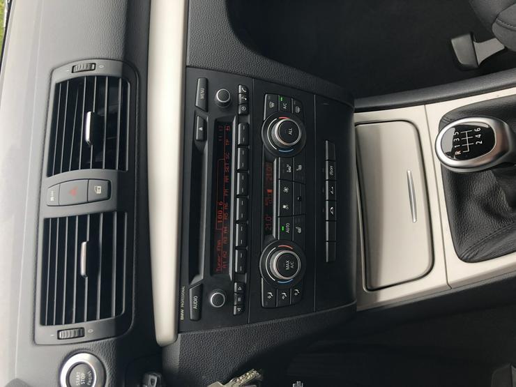 Bild 4: 1er Reihe Cabrio Bj 11/2012, 55,800Km,143Ps,,Bi Xenon, el Verdeck,Klimaautom.,unfallfrei sehr gepflegt