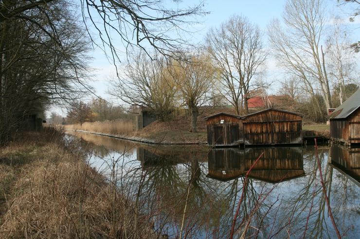 Bild 6: Bootshaus mit 2 Stellplätzen und zwei Hebeanlagen in OHV