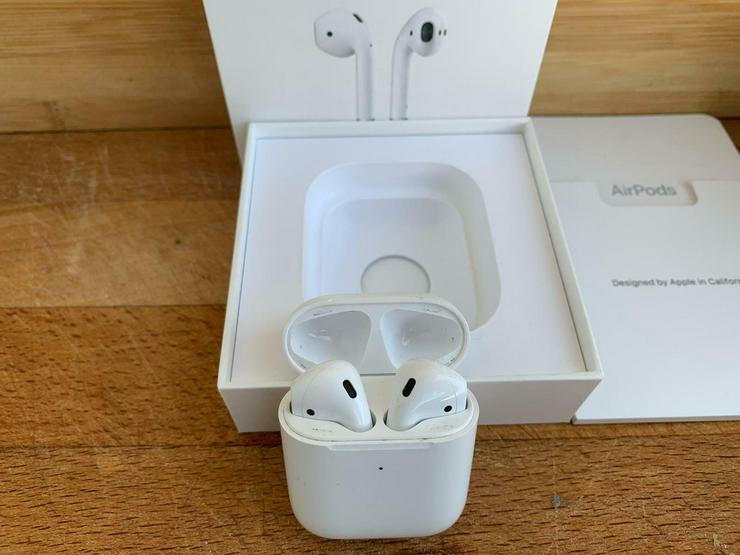 Original Apple AirPods 2. Generation mit kabellosem Ladecase - Kopfhörer - Bild 1