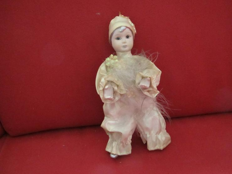 Bild 4: 4 Porzellan Harlekin-Puppen