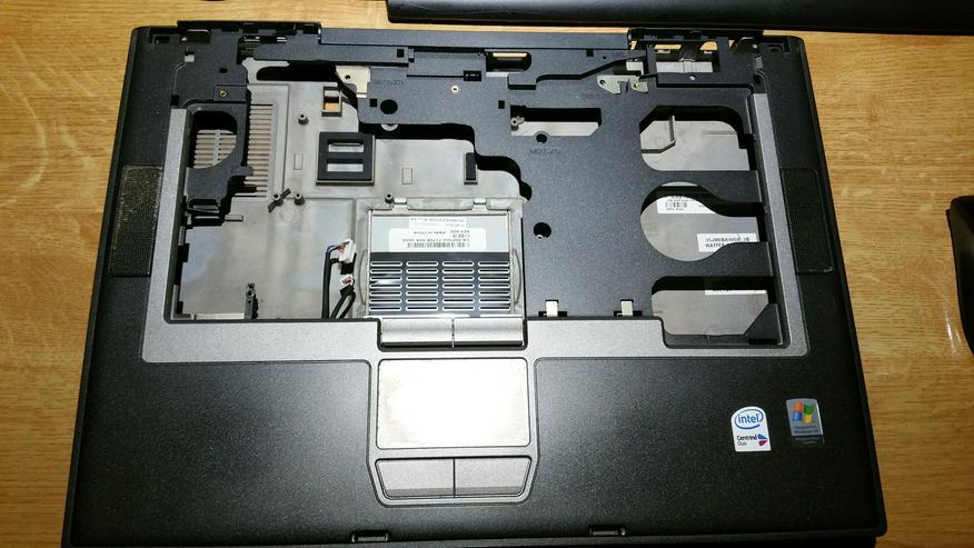 Original Gehäuse Dell Latitude D820 D830  - Notebooks & Netbooks - Bild 1
