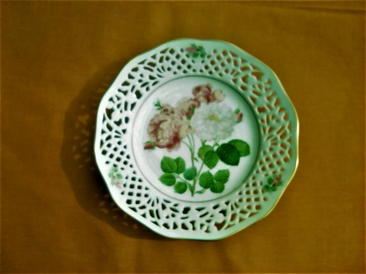 Bild 5: Exclusive Meisterwerke auf Porzellan