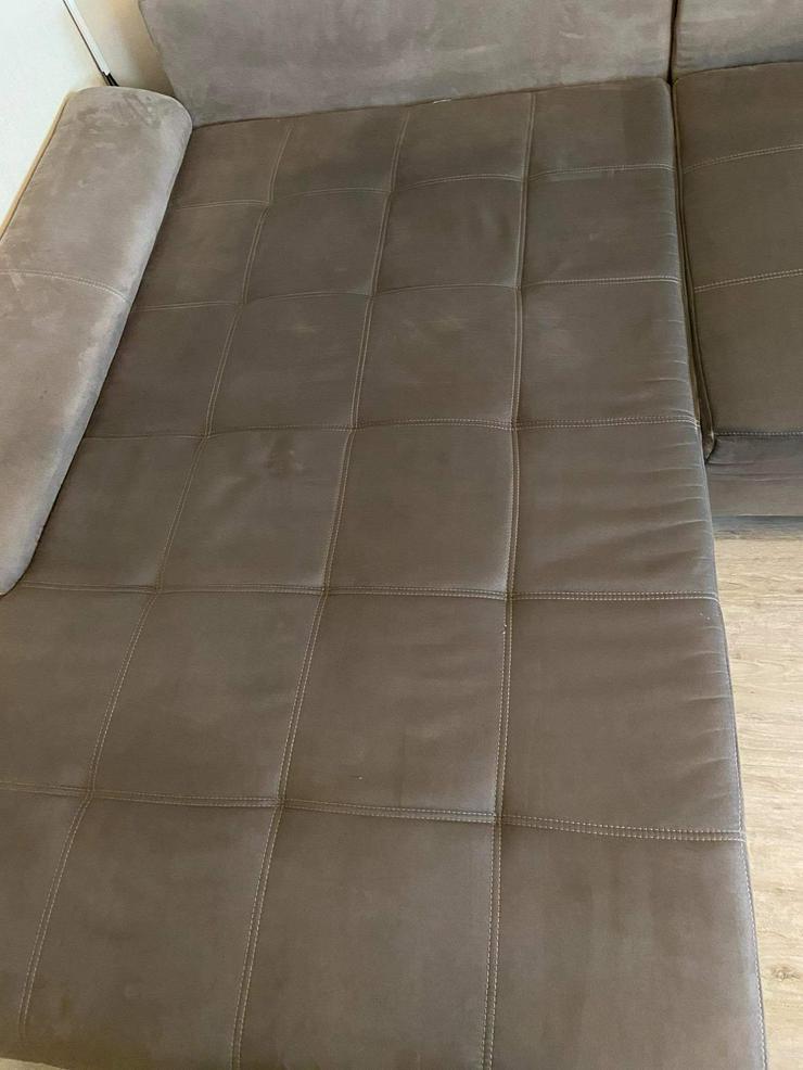 Bild 6: Polsterreinigung ( Sofa , Teppiche, Stuhl u.w)