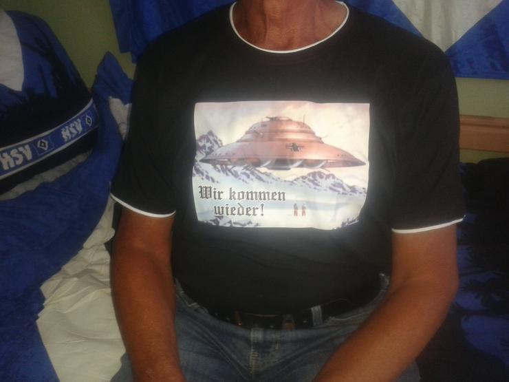 """Tshirt mit Ufosymbol Haunebu III """"Wir kommen wieder"""""""