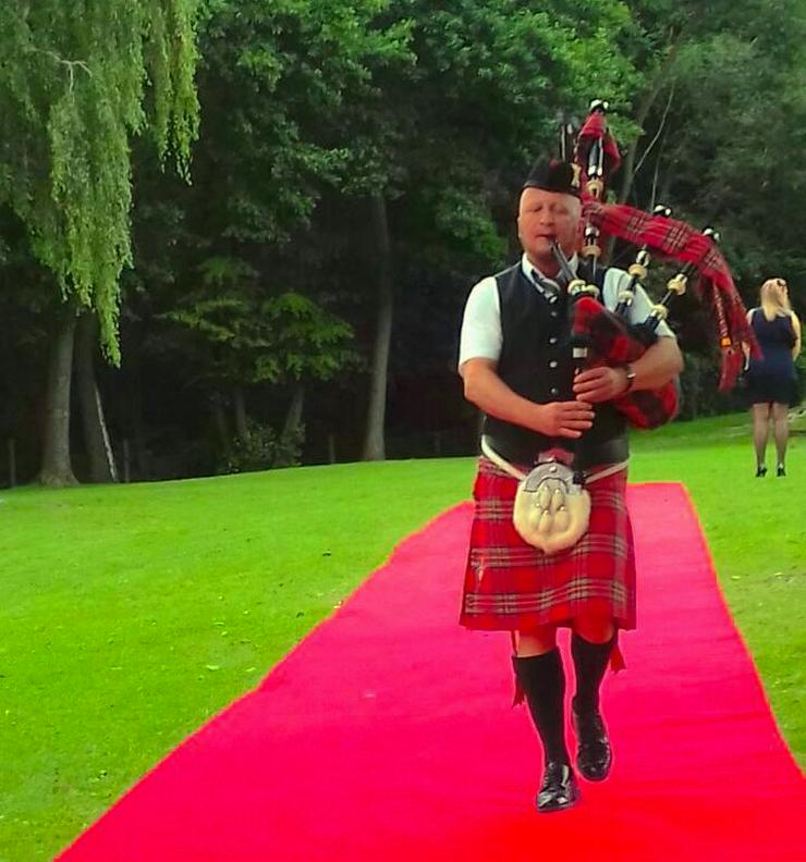 Bild 4: Live Music Booking Made Easy - Bagpiper for you - 0176-50647666 - Halle, Magdeburg, Dresden, Cottbus, Aue, Zwickau