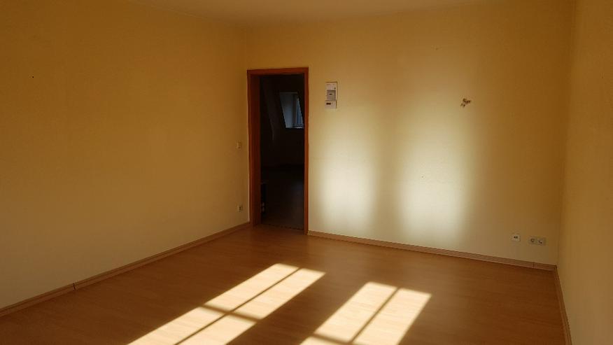 Bild 2: geräumige 3-Zimmer Wohnung in Oederan Zentrum