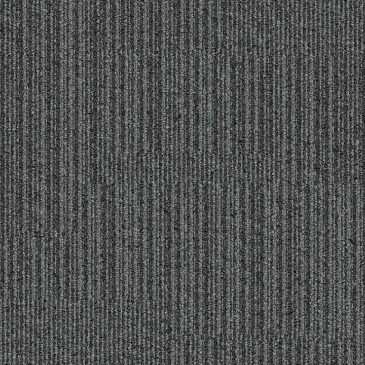 Wunderschöne Graue Equilibrium Teppichfliesen von Interface