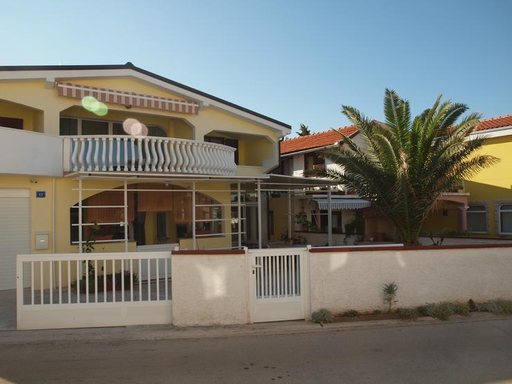 Ferienwohnungen in Kroatien-Insel Vir zu vermieten