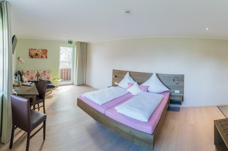 Möbeliertes Zimmer, 30m2 oder vollmöbelierte Ferienwohnung, 85m2 mit Langzeitmiete-Vertrag (ab 1 Monat im Schwarzwald mit Verlängerungsoption)